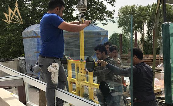 اجرای سقف متحرک شیشه ای